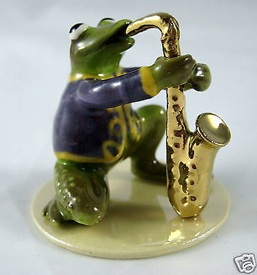 Hagen Renaker Made in America Specialties Frog Sax Player
