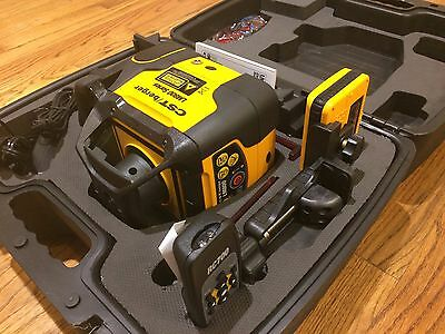 NEW! CST/berger 57-LM800DI Automatic Laser Level Self Leveling Kit with Detector
