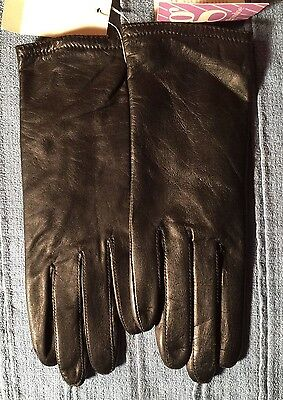 NWT Women's Grandoe Black Leather Gloves Size Small