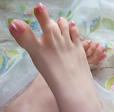New 3D Lifelike silicone Mannequin foot clones arbitrarily-bent//posed/soft V037