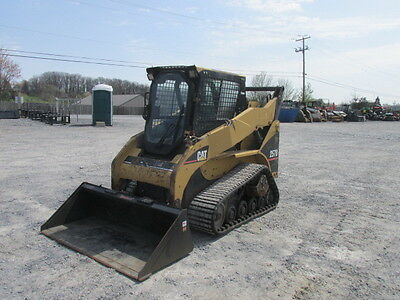 2006 Caterpillar 257B Tracked Skid Steer Loader w/ Cab!