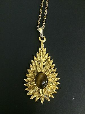 Vintage 70s Costume Jewellery Necklace Pendant Gold Coloured Metal Amber