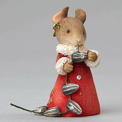 Heart of Chirstmas by Karen Hahn - Mouse with Seeds Garland 4052776