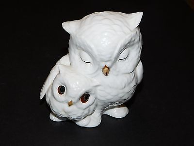 Royal Osborne Bone China Owl & Baby Figurine Malaysia Tmr-3289