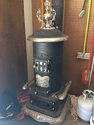 Big Antique Cast Iron Pot Belly Stove!! Sterling Brand #17 EXCELLENT!!