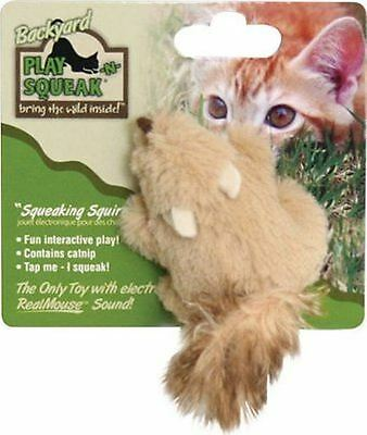 Play N Squeak Back Yard Squeaking Catnip Fox  Electronic Sound Chip Interactive