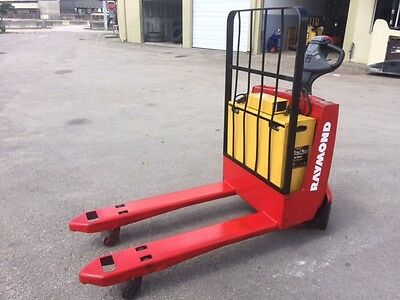2009 Raymond Electric Pallet Jack 4,500 Lb Capacity Load Tested 24 Volt Battery
