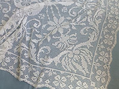 Vintage antique style Italian hand made filet lace tea tablecloth
