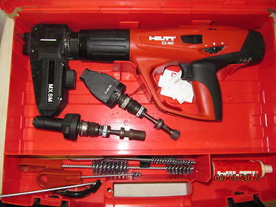 HILTI DX460 No367134-01 WITH 3 FASTENER GUIDE AND CLEENING TOOLS