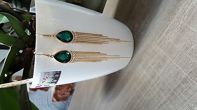 ;  ) BOUCLE D OREILLES moderne STRASS EMERAUDE+CHAINETTES OR