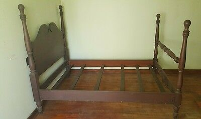Antique High End Solid Wood 4 Poster Antique Queen Bed