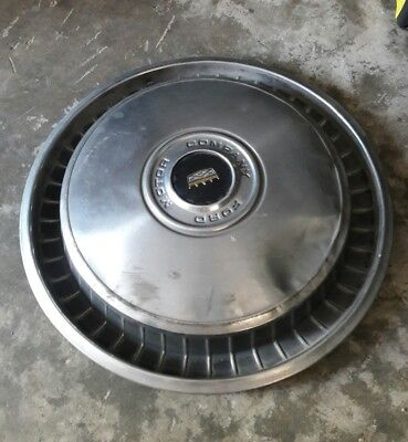 "Used Ford Motor Company hubcap. 15"" rims"