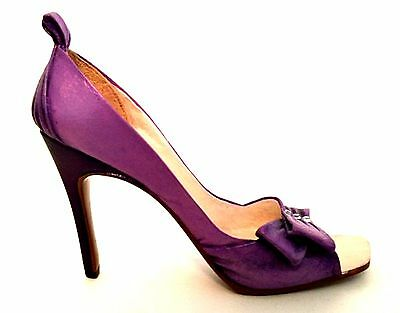 Just The Right Shoe Felicity 25193 Miniature Collectible Raine Retired 2002