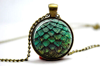 Game of thrones green dragon glass cabochon dome Pendant necklace