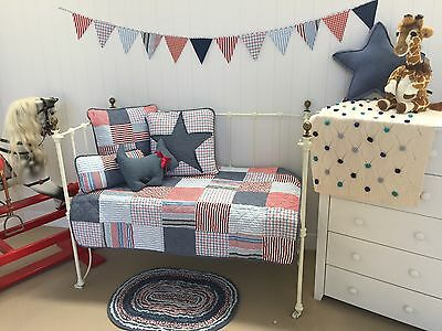 7 pce Thomas Boys Nursery Bedding Cot Crib Quilt Bunting & Cushions Package