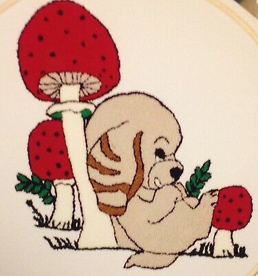 Webster Craft Punch Needle Embroidery Puppy & Mushroom Fun Kit with yarns