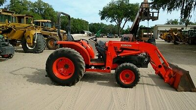 2005 Kubota L5030 4x4 Compact Tractor w/ Loader. Coming in Soon!