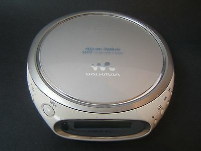 Sony D-NE509 Portable CD MP3 Player Silver Tested Works