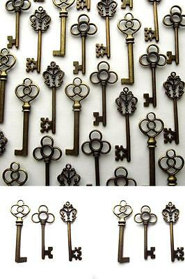 Large Skeleton Keys Antique Bronze Vintage Look Wedding Decor Set of 30 Mixed