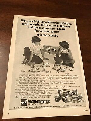 1972 VINTAGE 8X11 TOY PRINT Ad for GAF View-Master Klomp-It Game 2 boys playing