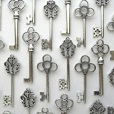 Lot of 30 Skeleton Keys Wall Decor Large Set Antique Vintage Home Jewelry Silver