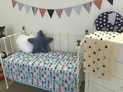 Baby Boys Blue Elephants Reversible Nursery Cot Crib Quilt Coverlet Blanket