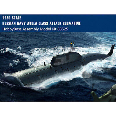HobbyBoss 83525 1/350 Russian Navy SSN Akula Class Attack Submarine Model Kits