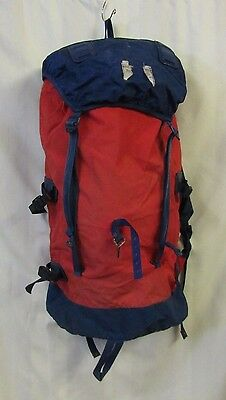 Berghaus Hiking Backpack Bag 26 x 12 x 6 Blue Red Walking Climbing Cyclops Guide