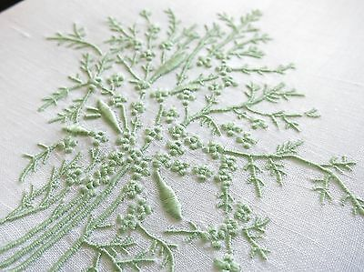 CORAL & FISH in GREEN Vintage Madeira Hand Embroidery Linen Guest Towel 14x20
