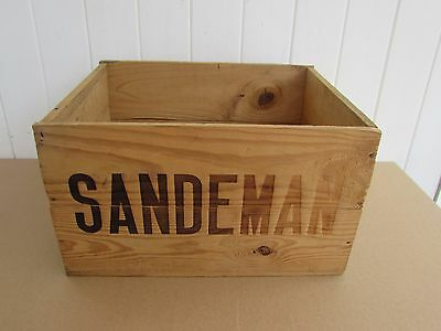 SANDEMAN Port Wine Crate 1970 NY