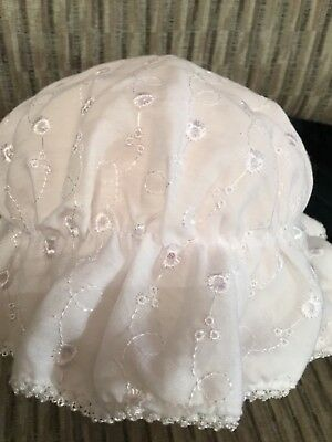 BABY GIRLS WHITE SUN HAT FRILLY BONNET 0- 18 MTHS BRODERIE ANGLAISE (Fully Lined