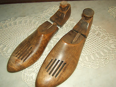 Vintage Mens Wooden Vented Shoe Trees Stretchers Marked 9 3