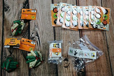 Lot of kids Halloween party gifts pins with fingers & tattoos