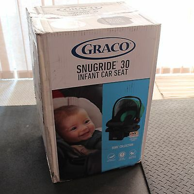 Graco SnugRide Click Connect 30 Front Adjust Baby Infant Car Seat 4-30 lbs Fern