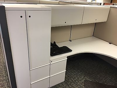 (100)Knoll Dividends 6x6--8x8 cubicles-Loaded -Peds-Overheads -towers