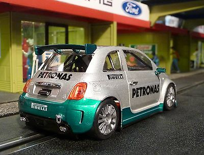 NSR FIAT Abarth 500 Team PETRONAS in 1:32 auch für Carrera Evolution    801147SW