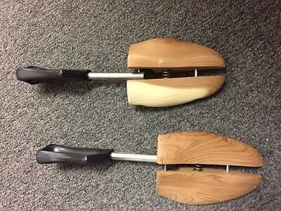 Lot of 2 pair Wood Shoe Tree Keepers Stretchers Large