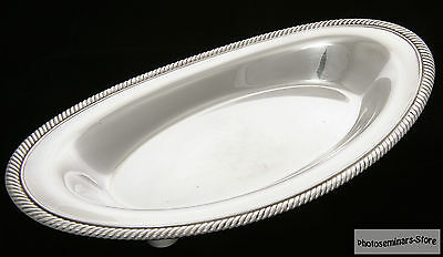 Wm Rogers - 819 - Silver Plated Oval Bread Serving Tray (#702)