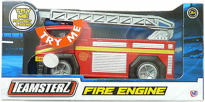 Fire Engine Vehicle Truck Die Cast Toy Red With Ladder, Light & Sound New Boxed