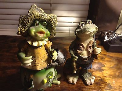2 pc Frog / Toad Statue Figurine - Heavy Plastic / Resin