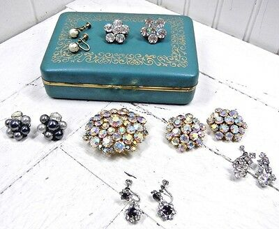 Vintage Farrington Texol Hinged Jewelry Box with Costume Jewelry Brooch Earrings