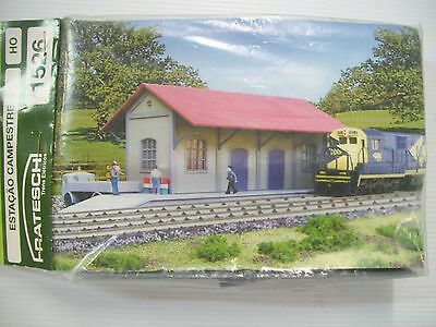 Frateschi Country Station Kit