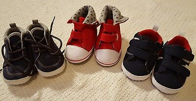 Baby boys 0-3 months shoes booties bundle