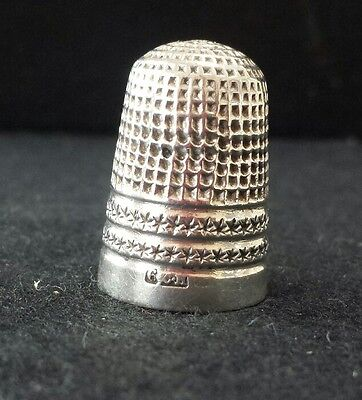 Collectable Solid Silver Vintage  Thimble