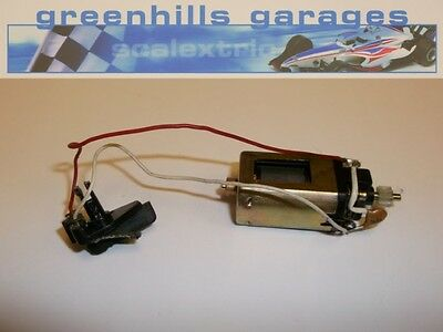 Greenhills Scalextric Johnson E111 Engine with Type 21 Guide Blade Used – P2710