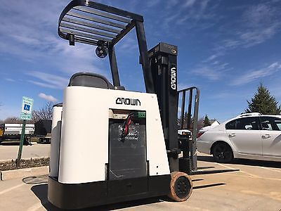 2005 Crown 3000 Pound Forklift-WE WILL SHIP-Stand up-Triple stage--BUDGET LIFTS!