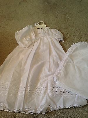 Alexis USA Christening Gown Eyelet Lace Matching Bonnet Easter  Size 6 Months
