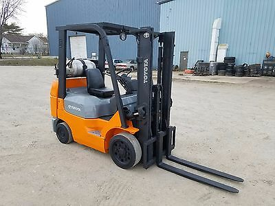 "2004 Toyota Model 7FGCU25, 4,000#, 4000# Cushion Tired Forklift, 118"" Lift"