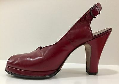 Gorgeous 1940's Platform Shoes, Dark Red Size 8