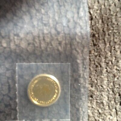 1/10 oz  Gold Coin Canada Elizabeth ll fine $5 Sealed